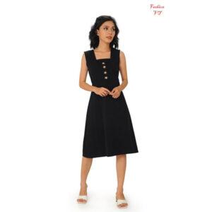 Đầm nữ màu đen